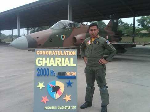 Penerbang Tempur Skadron Udara 12 Meraih 2000 Jam Terbang