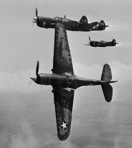 533px-Curtiss_P-40Fs_near_Moore_AAF_1943